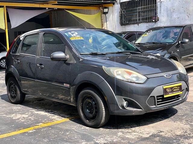 //www.autoline.com.br/carro/ford/fiesta-10-hatch-rocam-8v-flex-4p-manual/2012/sao-paulo-sp/13583509