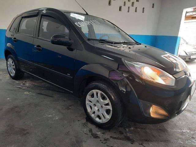 //www.autoline.com.br/carro/ford/fiesta-16-hatch-rocam-se-8v-flex-4p-manual/2014/sao-paulo-sp/13657182