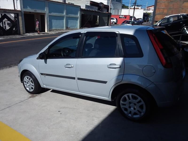 //www.autoline.com.br/carro/ford/fiesta-10-hatch-rocam-se-8v-flex-4p-manual/2014/mogi-das-cruzes-sp/14653246
