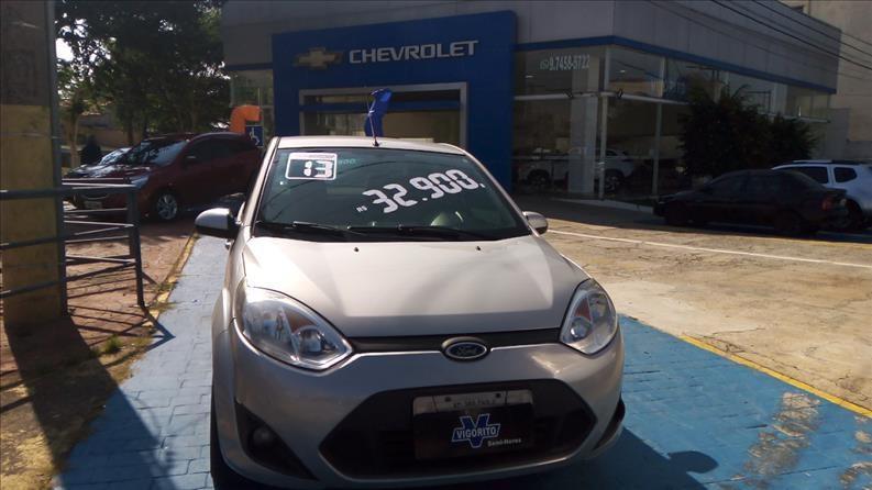 //www.autoline.com.br/carro/ford/fiesta-16-sedan-rocam-8v-flex-4p-manual/2013/sao-paulo-sp/14722331