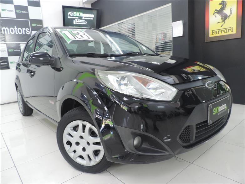 //www.autoline.com.br/carro/ford/fiesta-16-sedan-rocam-8v-flex-4p-manual/2013/sao-paulo-sp/14855434
