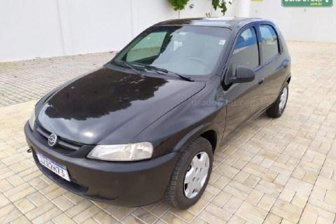 //www.autoline.com.br/carro/ford/fiesta-10-hatch-8v-flex-4p-manual/2009/tangara-da-serra-mt/14895572