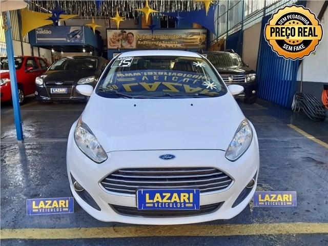 //www.autoline.com.br/carro/ford/fiesta-16-sedan-tivct-se-16v-flex-4p-manual/2015/rio-de-janeiro-rj/14922606