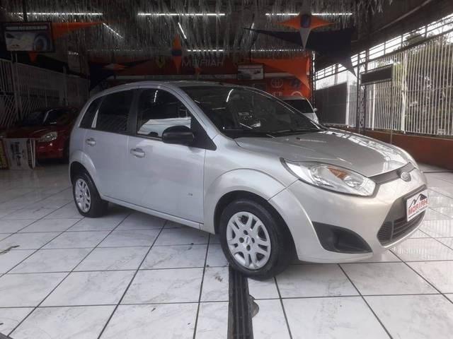 //www.autoline.com.br/carro/ford/fiesta-10-sedan-rocam-se-8v-flex-4p-manual/2014/sao-paulo-sp/14950337