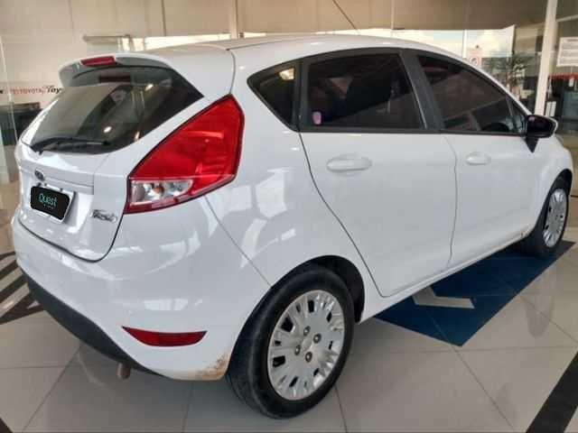//www.autoline.com.br/carro/ford/fiesta-15-hatch-s-16v-flex-4p-manual/2016/sao-paulo-sp/15178477