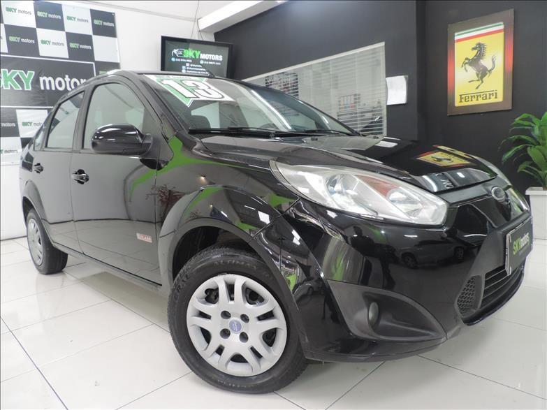 //www.autoline.com.br/carro/ford/fiesta-16-sedan-rocam-8v-flex-4p-manual/2013/sao-paulo-sp/15257329
