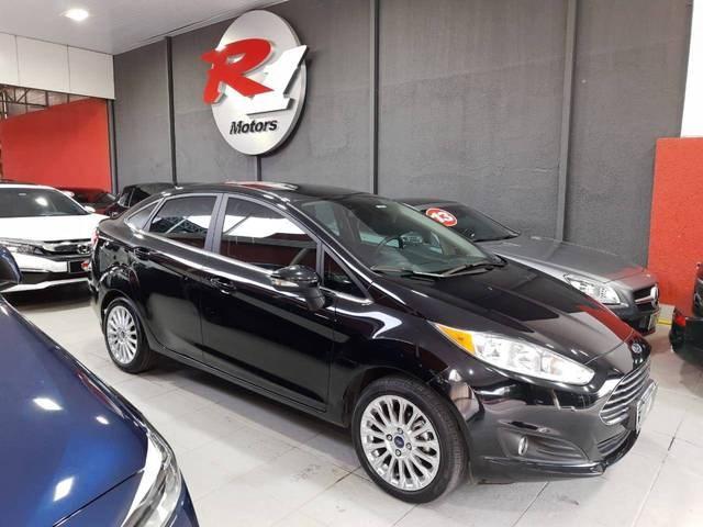 //www.autoline.com.br/carro/ford/fiesta-16-sedan-tivct-titanium-plus-sed-pshift-16v-f/2016/sao-paulo-sp/15296142