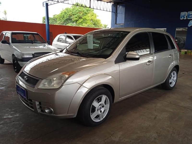 //www.autoline.com.br/carro/ford/fiesta-10-hatch-8v-flex-4p-manual/2010/campo-grande-ms/15661044