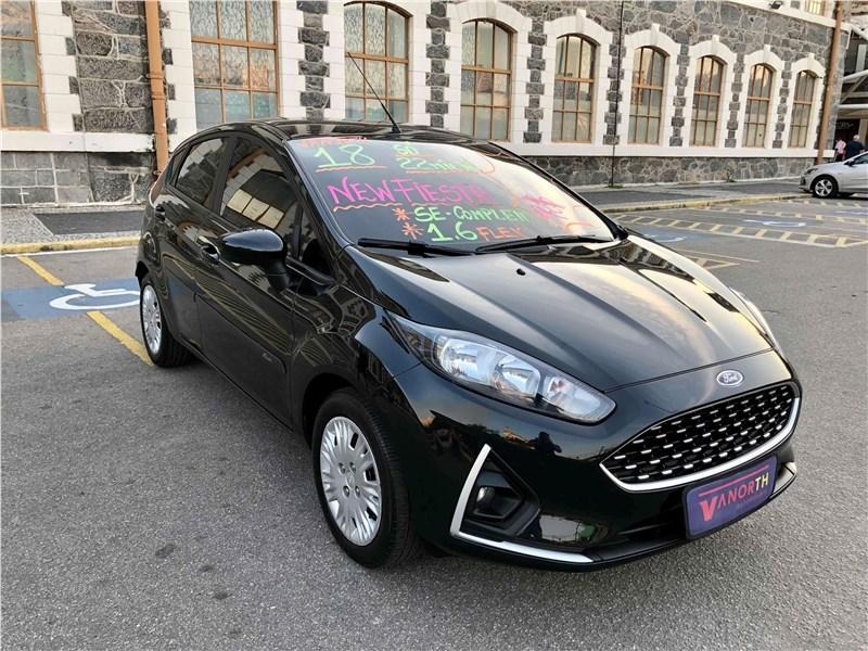 //www.autoline.com.br/carro/ford/fiesta-16-hatch-se-16v-flex-4p-manual/2018/rio-de-janeiro-rj/15861119