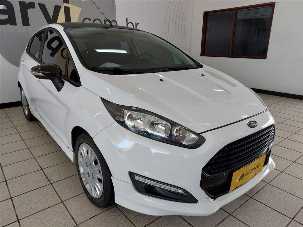 //www.autoline.com.br/carro/ford/fiesta-16-hatch-se-16v-flex-4p-manual/2017/joao-pessoa-pb/15896192