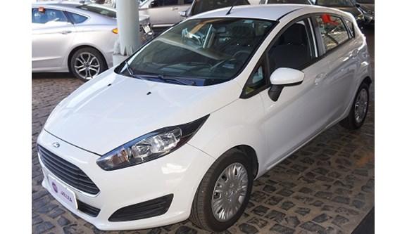 //www.autoline.com.br/carro/ford/fiesta-15-s-16v-flex-4p-manual/2015/teresina-pi/6955249