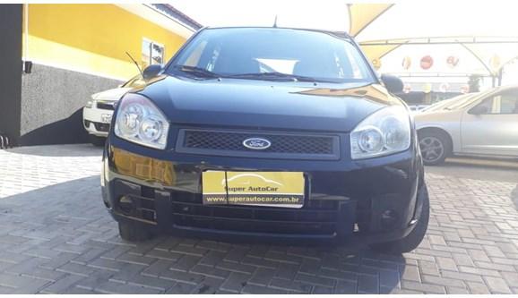 //www.autoline.com.br/carro/ford/fiesta-10-8v-flex-4p-manual/2010/curitiba-pr/7001557