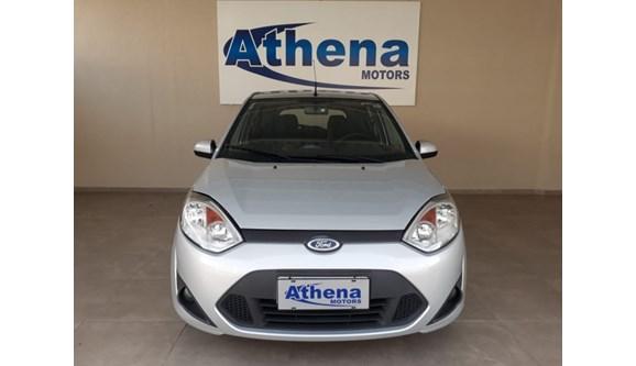 //www.autoline.com.br/carro/ford/fiesta-10-s-8v-flex-4p-manual/2014/campinas-sp/7400603