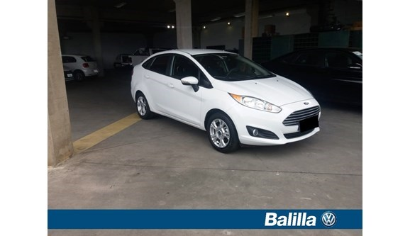 //www.autoline.com.br/carro/ford/fiesta-16-se-16v-sedan-flex-4p-manual/2016/indaiatuba-sp/8421183