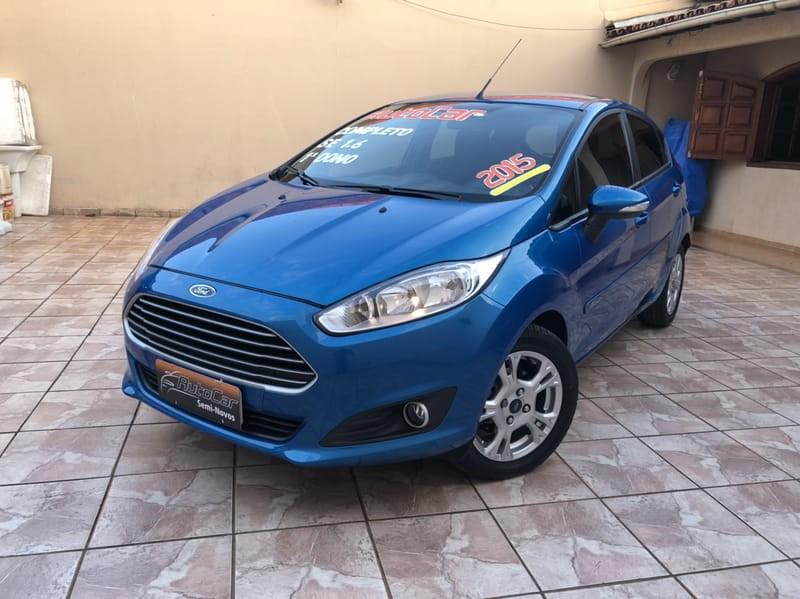 //www.autoline.com.br/carro/ford/fiesta-16-sport-16v-flex-4p-manual/2015/brasilia-df/9092377