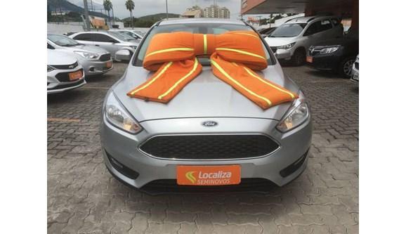 //www.autoline.com.br/carro/ford/focus-20-se-plus-16v-fastback-flex-4p-automatizado/2019/rio-de-janeiro-rj/10495856