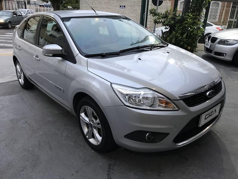 //www.autoline.com.br/carro/ford/focus-16-glx-16v-flex-4p-manual/2013/taubate-sp/10505434