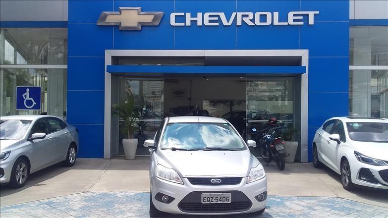 //www.autoline.com.br/carro/ford/focus-20-glx-16v-flex-4p-automatico/2012/sao-paulo-sp/12074124