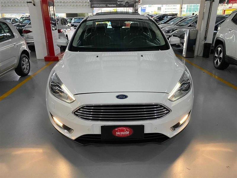 //www.autoline.com.br/carro/ford/focus-16-hatch-se-16v-flex-4p-manual/2019/salvador-ba/13318536
