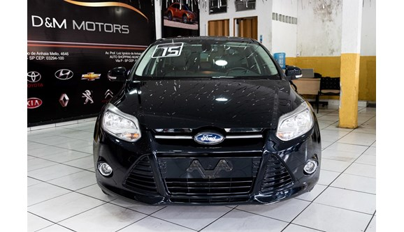 //www.autoline.com.br/carro/ford/focus-20-hatch-titanium-plus-16v-flex-4p-powershift/2015/sao-paulo-sp/13371658