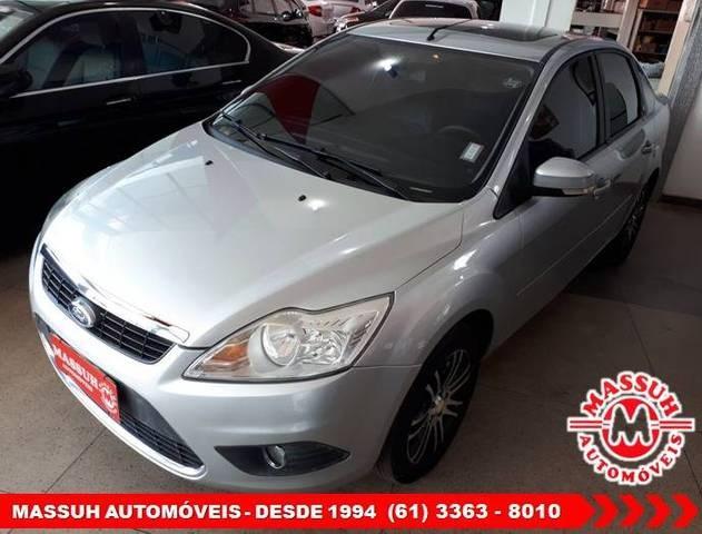 //www.autoline.com.br/carro/ford/focus-20-sedan-ghia-16v-gasolina-4p-automatico/2009/brasilia-df/13417311