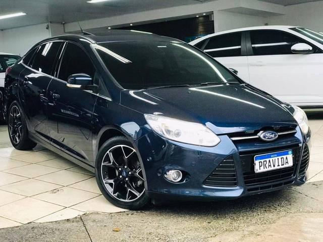 //www.autoline.com.br/carro/ford/focus-20-sedan-titanium-16v-flex-4p-powershift/2015/sao-paulo-sp/13520189