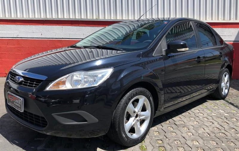 //www.autoline.com.br/carro/ford/focus-20-sedan-glx-16v-gasolina-4p-automatico/2009/curitiba-pr/13546287