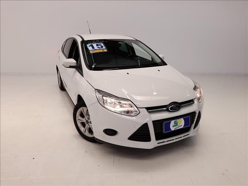 //www.autoline.com.br/carro/ford/focus-16-hatch-tivct-s-16v-flex-4p-manual/2015/sao-paulo-sp/13562768