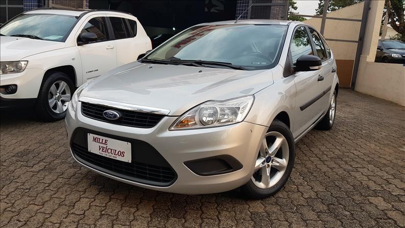 //www.autoline.com.br/carro/ford/focus-16-hatch-gl-16v-flex-4p-manual/2012/campinas-sp/13643347