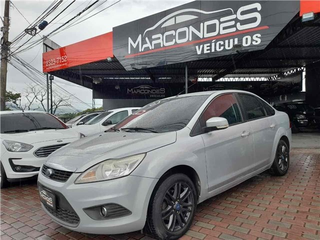 //www.autoline.com.br/carro/ford/focus-20-sedan-glx-16v-flex-4p-manual/2012/rio-de-janeiro-rj/14295192