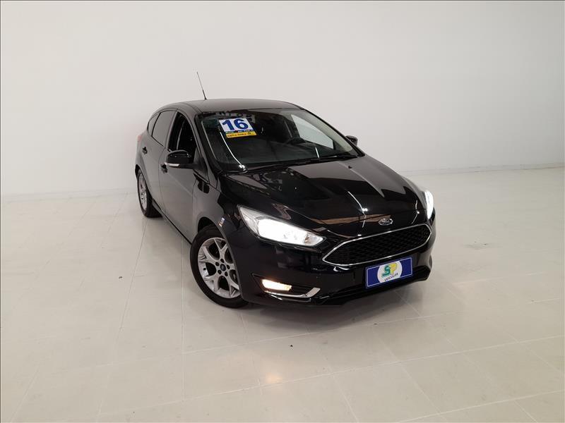 //www.autoline.com.br/carro/ford/focus-16-hatch-se-plus-tivct-16v-flex-4p-manual/2016/sao-paulo-sp/14461537