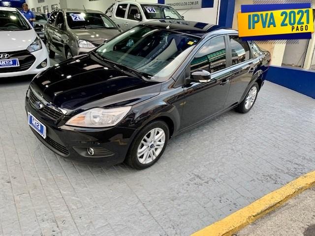 //www.autoline.com.br/carro/ford/focus-20-sedan-glx-16v-flex-4p-manual/2013/sao-paulo-sp/14665370