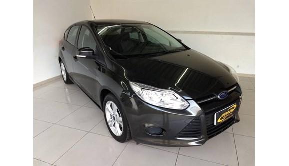 //www.autoline.com.br/carro/ford/focus-16-s-16v-flex-4p-manual/2015/aracoiaba-da-serra-sp/7046208