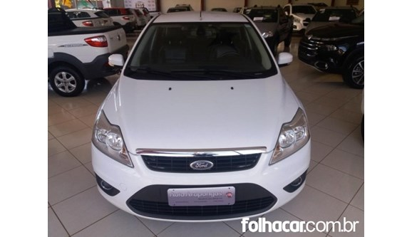 //www.autoline.com.br/carro/ford/focus-20-glx-16v-flex-4p-manual/2012/arapongas-pr/8554403