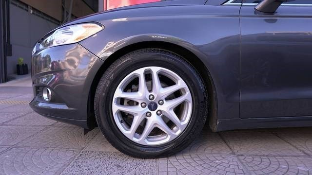 //www.autoline.com.br/carro/ford/fusion-25-ivct-16v-flex-4p-automatico/2016/uruguaiana-rs/13541529