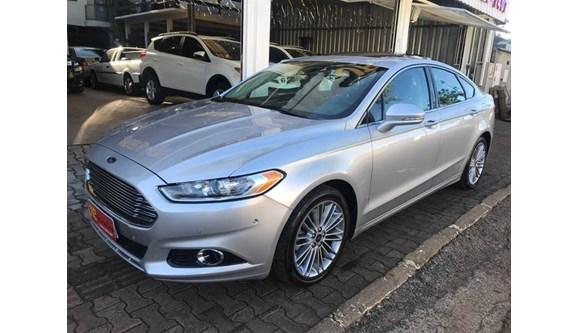 //www.autoline.com.br/carro/ford/fusion-20-titanium-plus-16v-gasolina-4p-automatico/2015/chapeco-sc/7334850