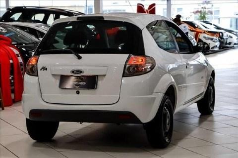 //www.autoline.com.br/carro/ford/ka-16-sport-8v-flex-2p-manual/2013/sao-paulo-sp/14223741
