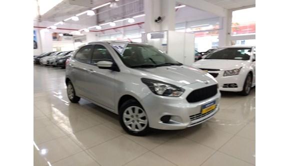//www.autoline.com.br/carro/ford/ka-10-se-12v-flex-4p-manual/2015/sao-paulo-sp/6901128