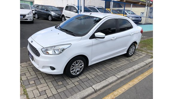 //www.autoline.com.br/carro/ford/ka-10-sel-12v-flex-4p-manual/2015/curitiba-pr/8382794