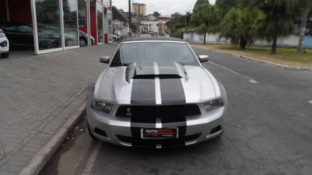 //www.autoline.com.br/carro/ford/mustang-37-coupe-v-6-305cv-2p-gasolina-automatico/2012/ipatinga-mg/13140583