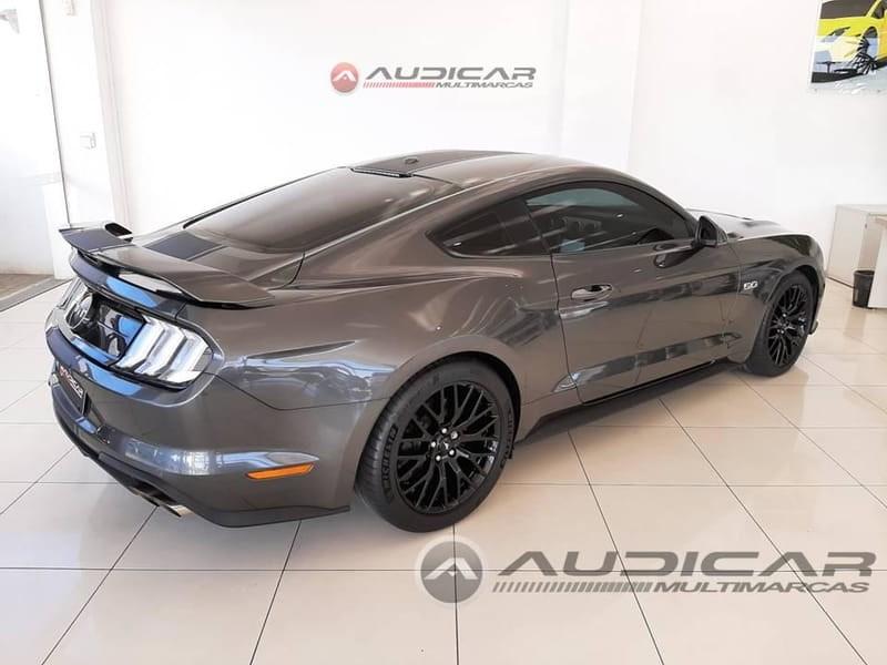 //www.autoline.com.br/carro/ford/mustang-50-coupe-gt-premium-32v-gasolina-2p-automatic/2018/campo-largo-pr/14986343