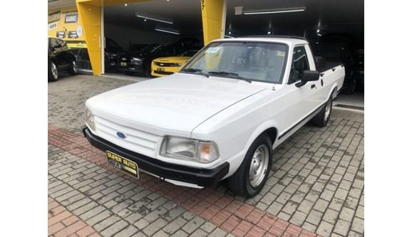 //www.autoline.com.br/carro/ford/pampa-18-gl-csim-85cv-2p-gasolina-manual/1995/blumenau-sc/9196914