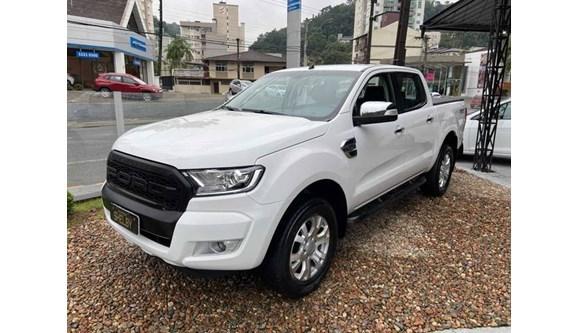 //www.autoline.com.br/carro/ford/ranger-32-cd-xlt-20v-diesel-4p-4x4-turbo-automatico/2018/blumenau-sc/11729721