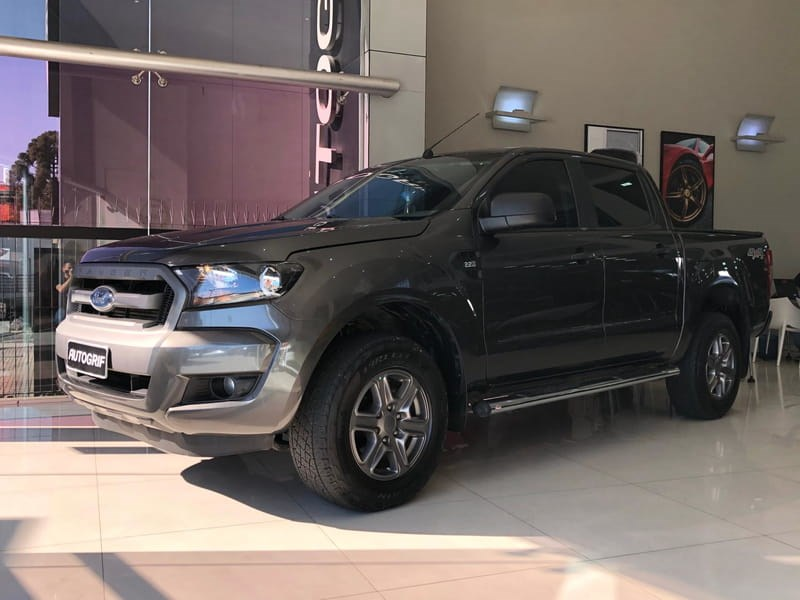 //www.autoline.com.br/carro/ford/ranger-22-xls-16v-diesel-4p-automatico-4x4-turbo-int/2018/curitiba-pr/12074331