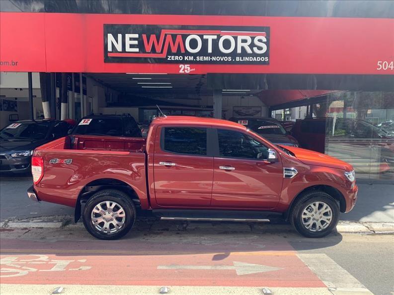 //www.autoline.com.br/carro/ford/ranger-32-cd-xlt-20v-diesel-4p-4x4-turbo-automatico/2021/sao-paulo-sp/13064571