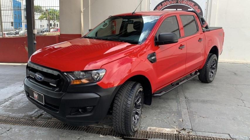 //www.autoline.com.br/carro/ford/ranger-22-xl-chassis-16v-diesel-2p-4x4-turbo-manual/2019/ponta-grossa-pr/14802486