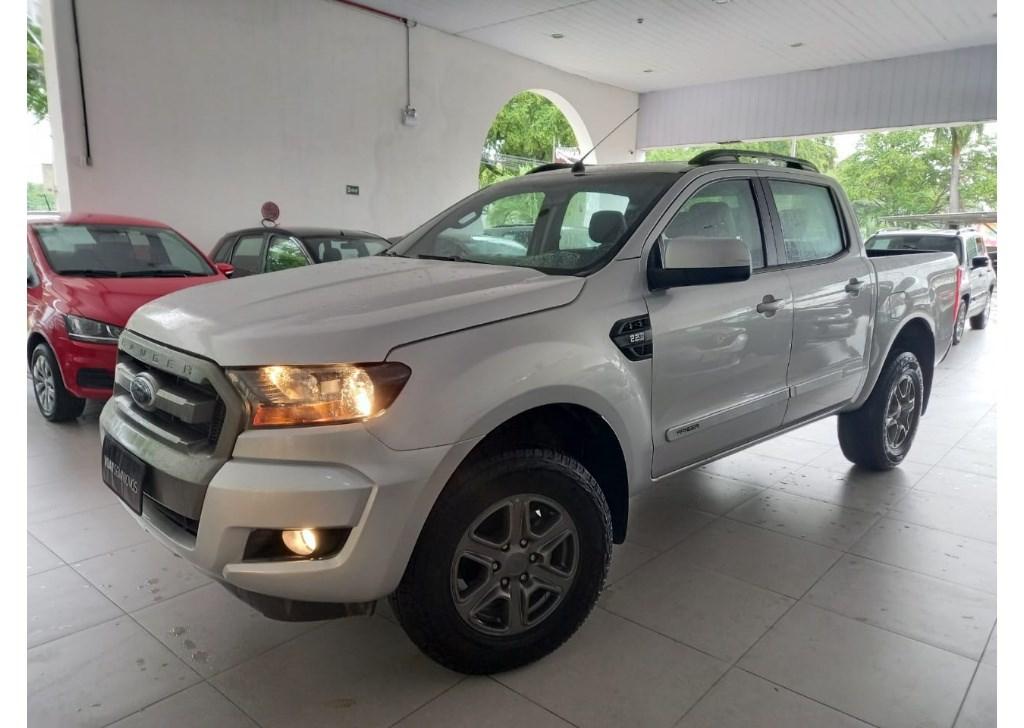 //www.autoline.com.br/carro/ford/ranger-22-cd-xls-16v-diesel-4p-4x4-turbo-automatico/2019/recife-pe/14843351