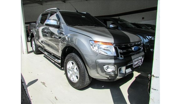//www.autoline.com.br/carro/ford/ranger-32-limited-plus-4x4-20v-tdci-200cv-4p-diesel/2015/osasco-sp/6793219