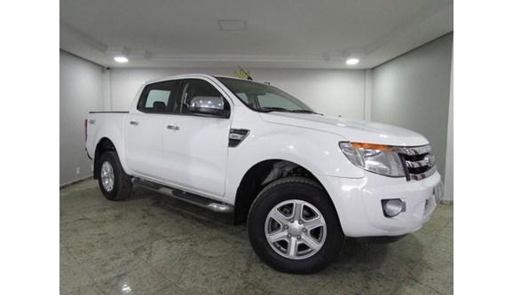 //www.autoline.com.br/carro/ford/ranger-32-xlt-20v-diesel-4p-automatico-4x4-turbo-int/2013/cascavel-pr/8495122