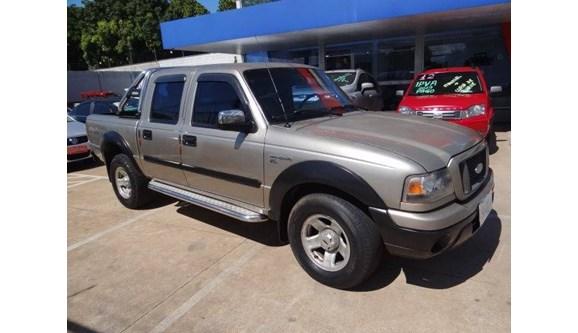 //www.autoline.com.br/carro/ford/ranger-30-xls-cd-16v-diesel-4p-manual-4x4-turbo/2005/aparecida-de-goiania-go/9590914